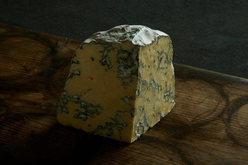 Käse Jersey Blue von Willi Schmid, Städtlichäsi Lichtensteig, Toggenburg